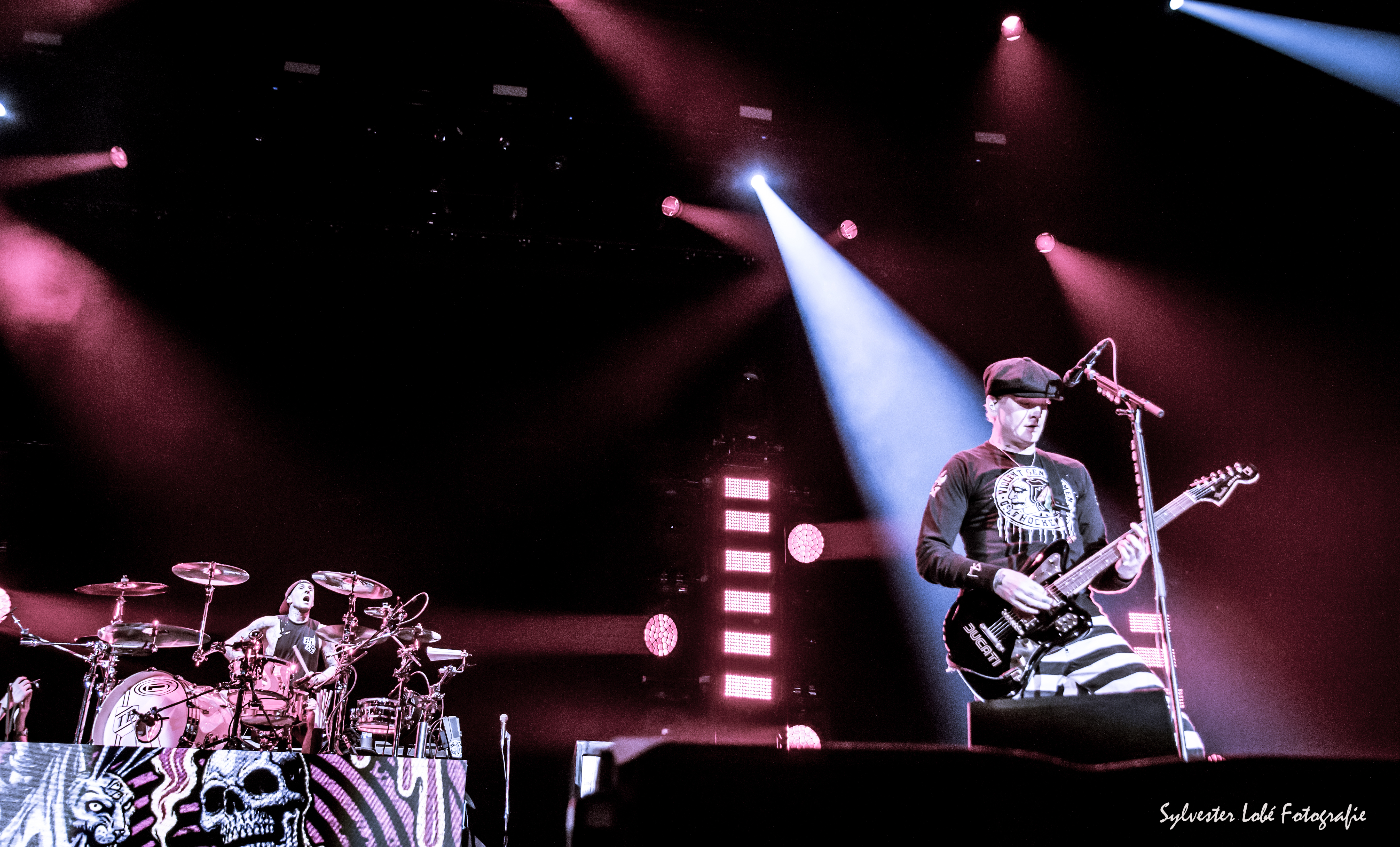 blink-182-at-ahoy-bw-blink182-at-ahoy-rotterdam-20170626-3605-c